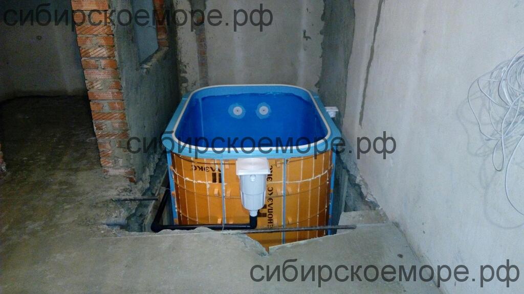 Чаша бассейна из полипропилена в Новосибирске